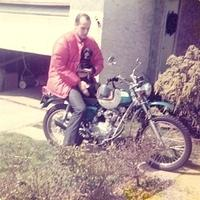 My dad on his Honda SL100 in the early '70s. (he still has the bike.) Anyone notice his helmet? Maybe white helmets are in my blood after all...